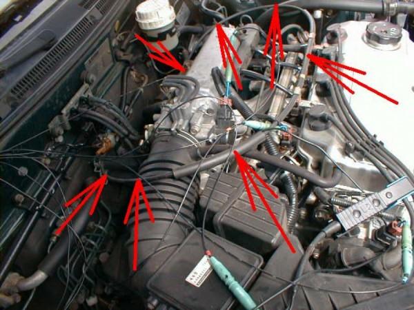Mitsubishi Galant 2,0: Stejný problém jako u vozidla Renaty, Hyundai Sonata. Lanko je po své životnosti a zkušený mechanik rozpoznává už při najíždění