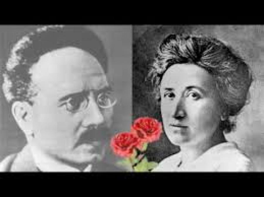 Členové Spartakova klubu, antimilitristé a spoluzakladatelé Komunistické strany Německa Karel Liebknecht a Rosa Luxemburgová.