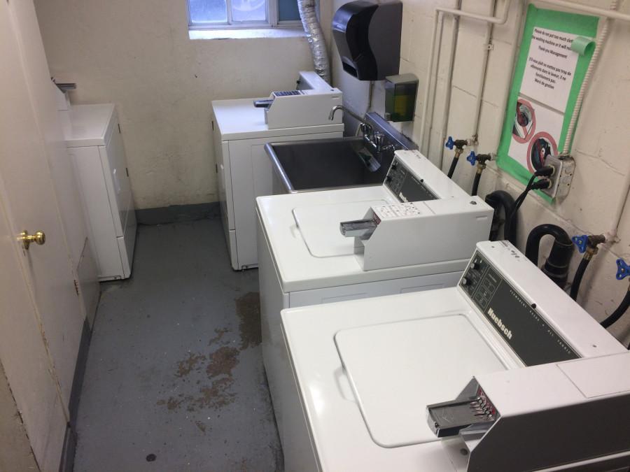 Mnoho lidí překvapí, že pračky jsou v uprchlických zařízeních na mince.