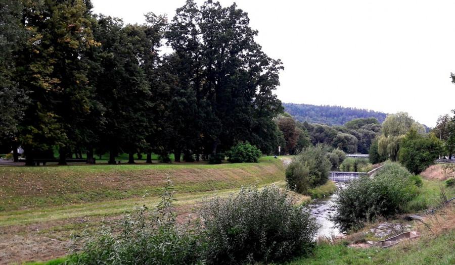 Hraniční řeka Odra v Odrách