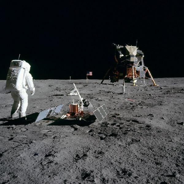 Přistání Apollo 11 na Měsíci