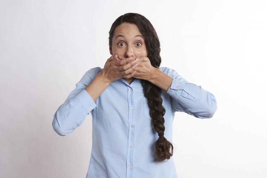 Tichou poštu někdo někdy předává dál s dobrým úmyslem. Jindy zase se zlým. Občas to i omylem ujede.