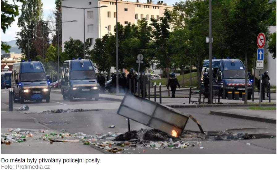 Gangy vyvolaly v Dijonu pouliční válku