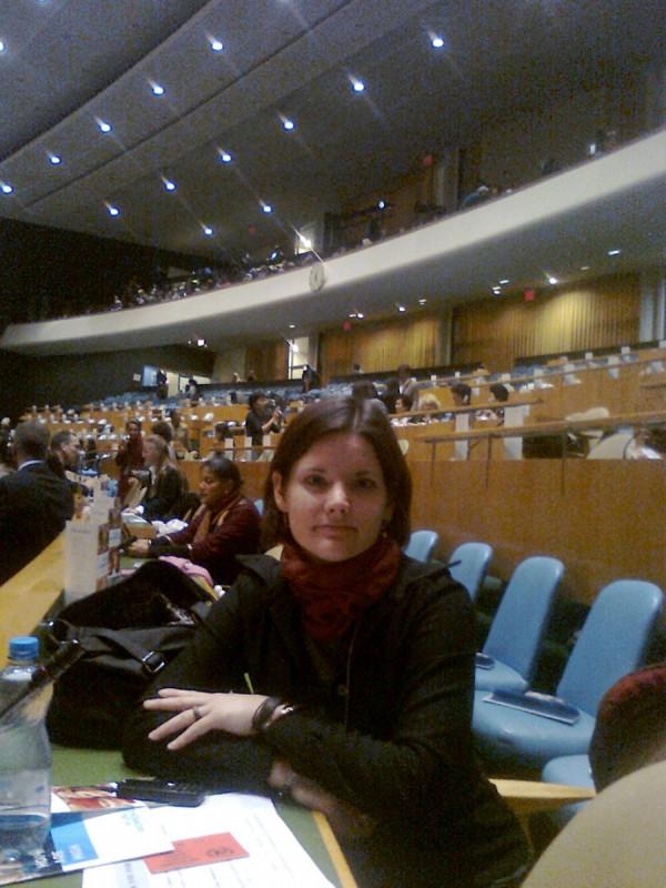 Pavla Špondrová se celý svůj profesní život věnuje lidským právům a genderové rovnosti. V problematice rovnosti mužů a žen zastupovala v roce 2011 Česko na jednáních OSN.