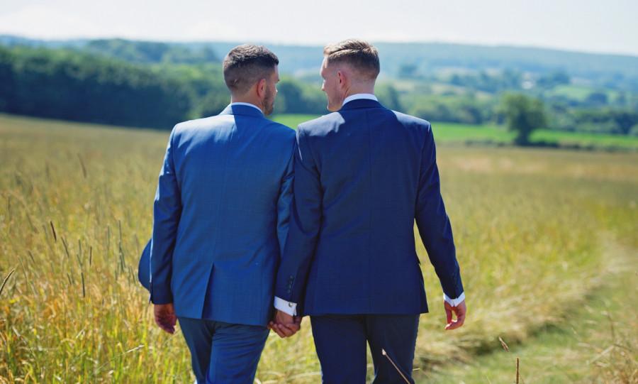 Evropská komise má v úmyslu harmonizovat rodinné právo v oblasti práv stejnopohlavních párů na celoevropské úrovni.