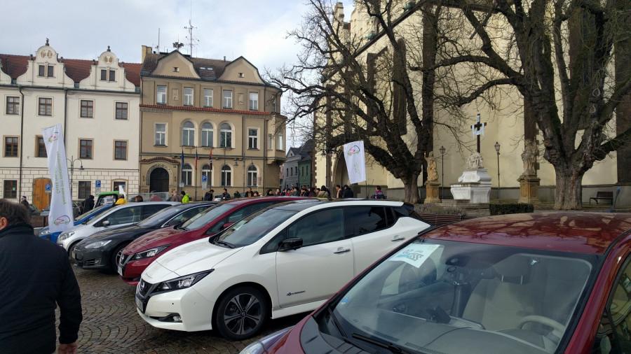 BLOG 55 Elektromobily na náměstí