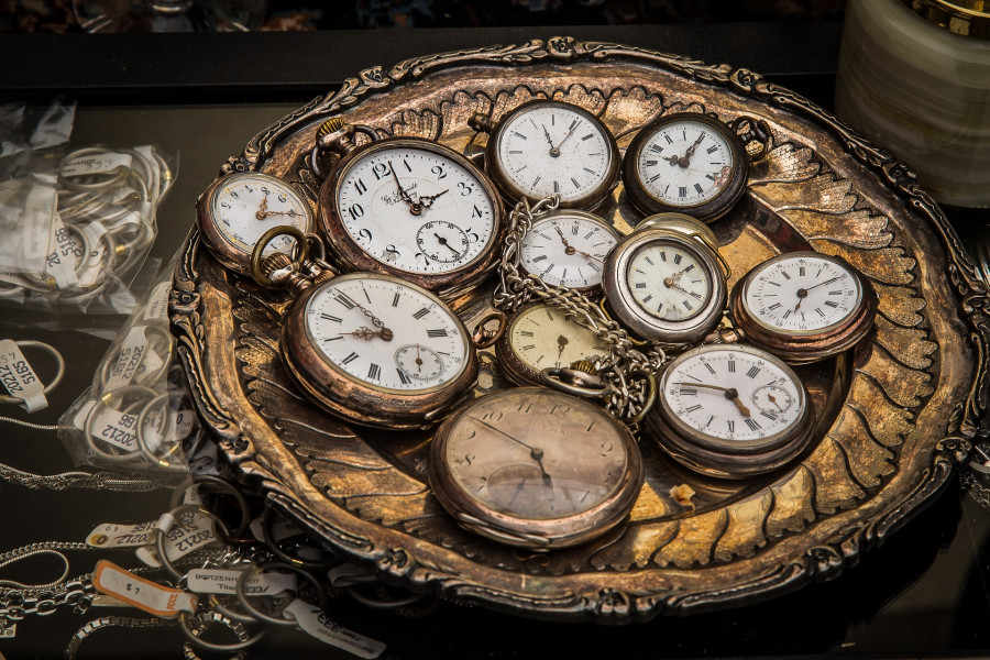 Kapesní hodinky, stroje k měření času