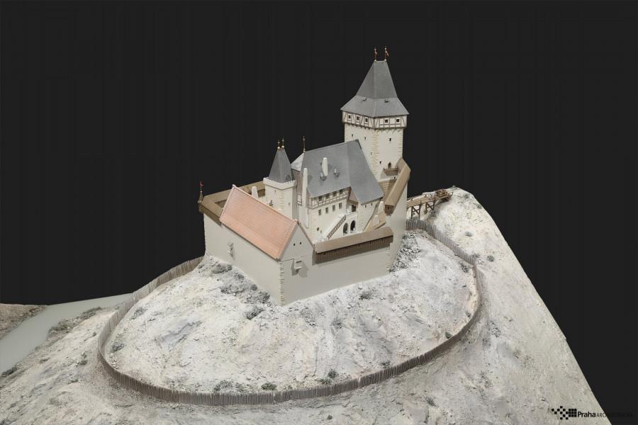 Hypotetická podoba Nového hradu po jeho dostavbě. Pohled k severu. Autor modelu P. Dvořák; foto J. Vrabec, 2017; © MMP, inv. č. H 239516