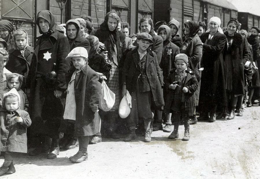 Zdroj: http://www.yadvashem.org/holocaust