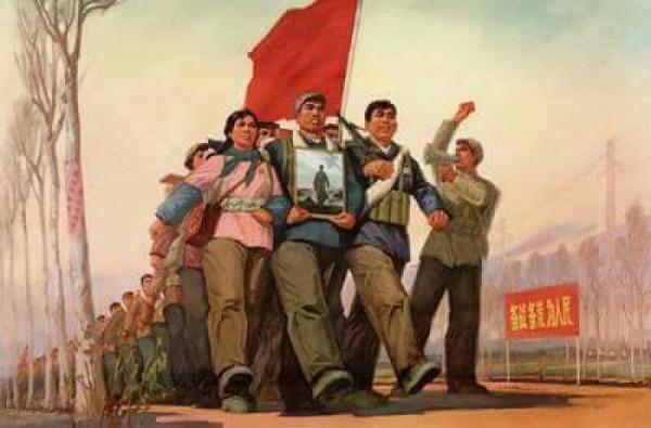 Rudé Gardy pochodují budovat lepší zítřky. Zdroj: soukromá sbírka čínských pohlednic