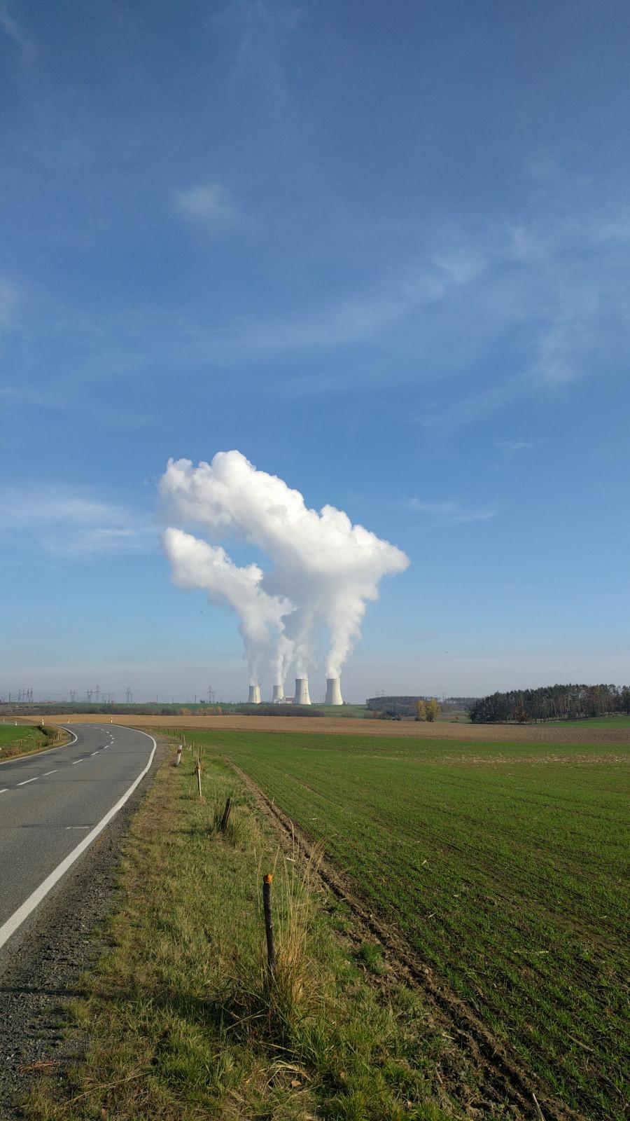 JE Dukovany - odpadní teplo (asi je i ekologické - když není z hnědého uhlí)