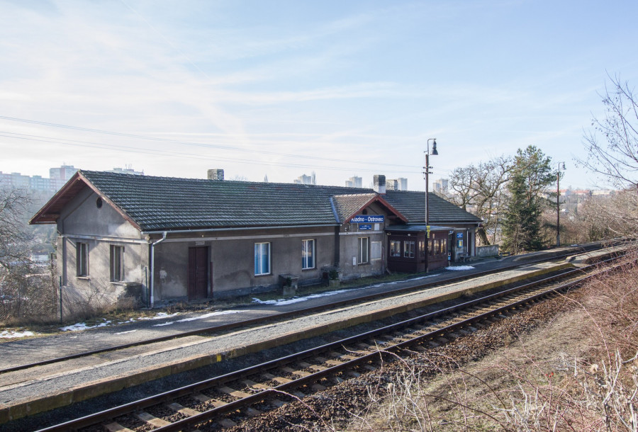 osobitá krása původní stanice Neu Kladno, která však při modernizaci možná padne k zemi