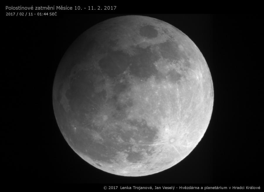 Polostínové zatmění Měsíce 10. - 11. února 2017 (11. 2. 2017 / 01:44 SEČ)