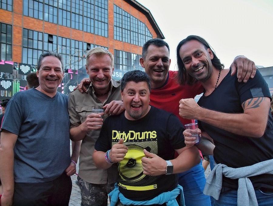 DJ ER,  DJ Ian Blonds, DJ Leepo, DJ Daddy Adams, DJ Luiigi Ringo
