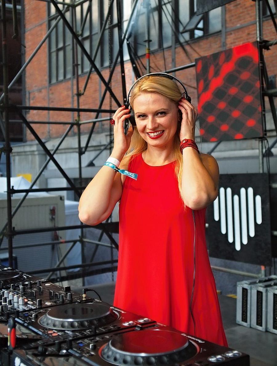DJ Meryen