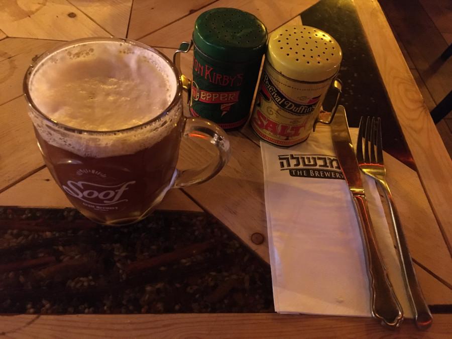 Pivo v minipivovaru Brewery v Eilatu