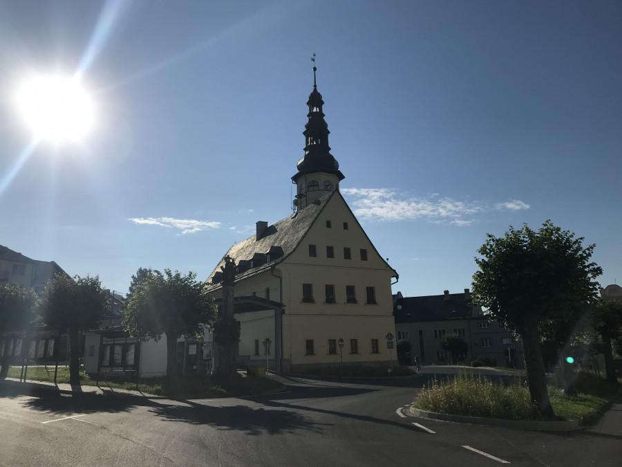 Jako první zjevil se nám Altstadt, malinké městečko v posledním ráji na zemi.