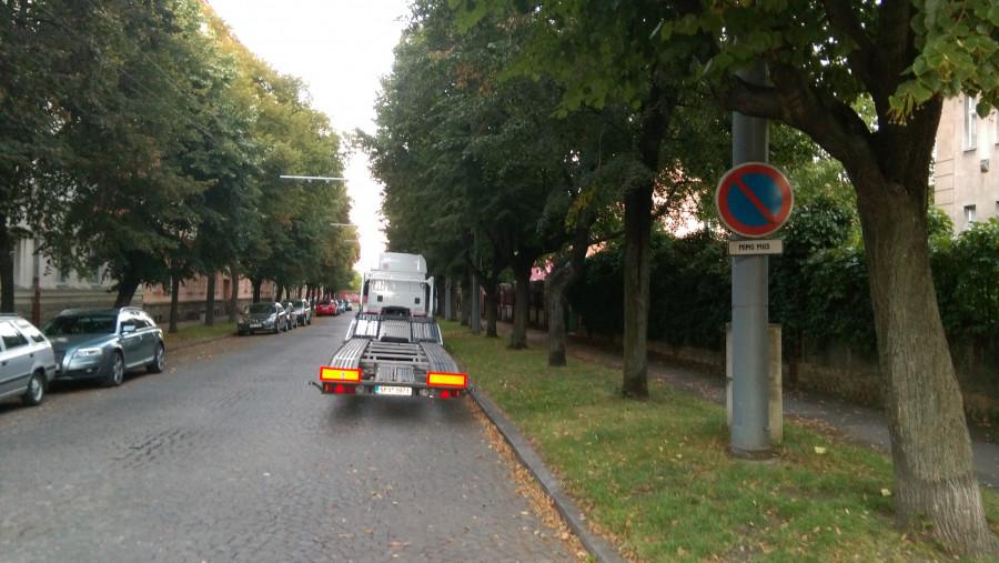 Čistá mobilita nepotřebuje nadlidi a silnice plné značek, které se beztrestně ignorují