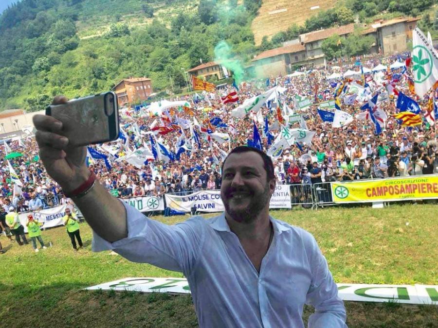 Matteo Salvini - výroční sjezd Pontida.
