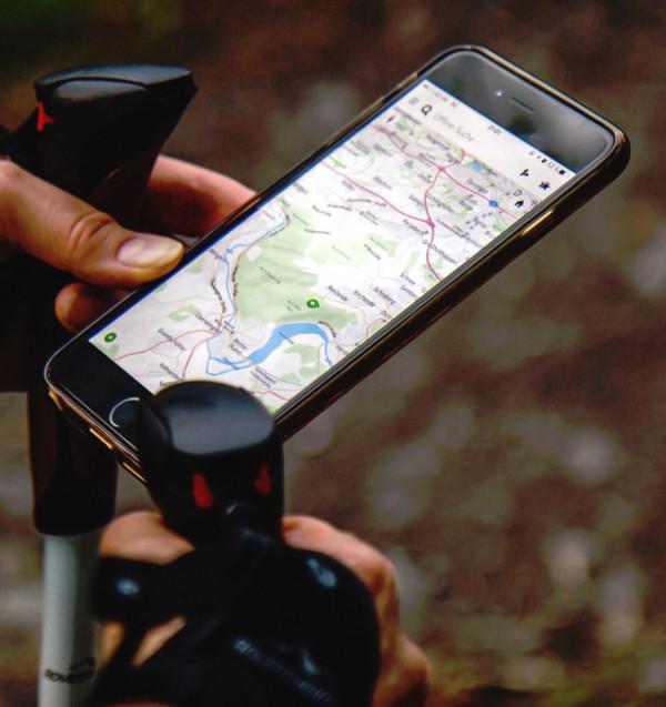 Při každém použití GPS používáme korekce času podle obou teorií relativity.