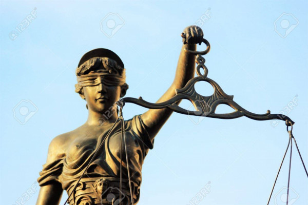 Spravedlnost je slepá...