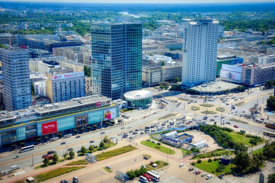Pohled z PKIN na Varšavu je překrásný.