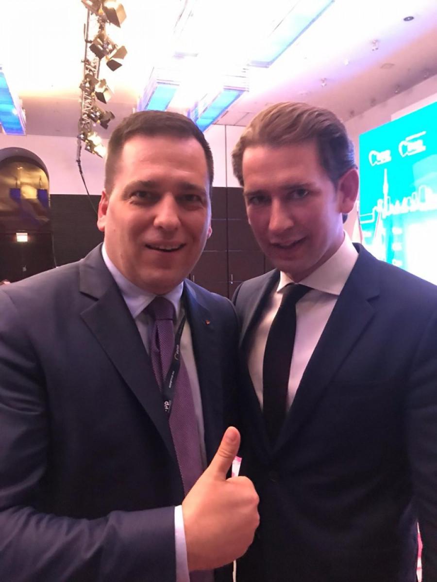 Ze setkání se Sebastianem Kurzem.