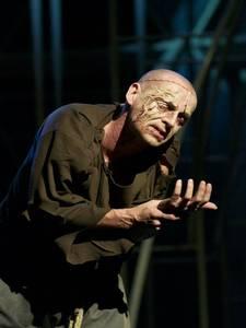 Tomáš Trapl v životní roli hrbáče Quasimoda.