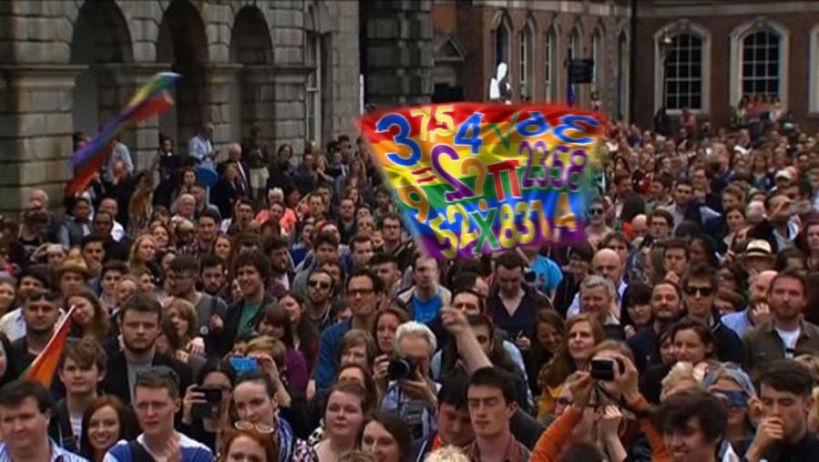 Lidé s číslicovými vlajkami oslavují úspěch v referendu a změnu matematických zákonů.
