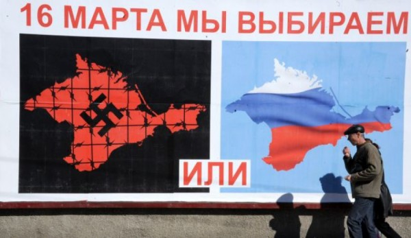 Plakát o krymském referendu