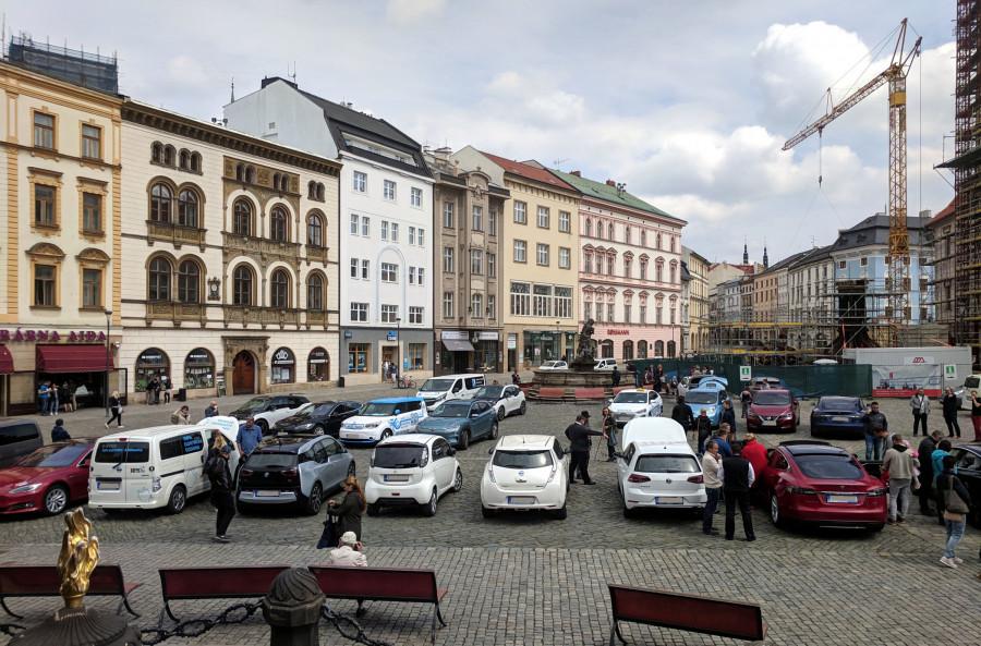 Na náměstí v Olomouci bylo plno