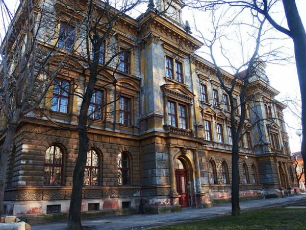 Bývalá měšťanská škola, ulice Čechyňská, Brno