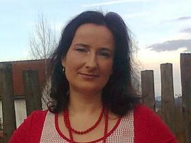 Mária Tvrdoňová