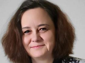 Lenka Krištofíková kristofikova